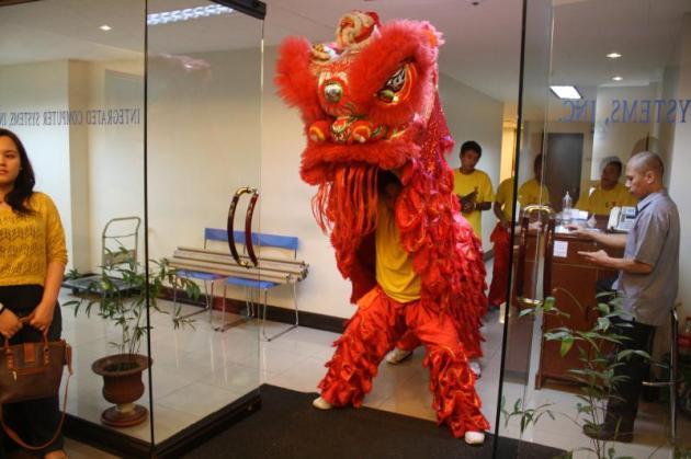 dragon dance 2013